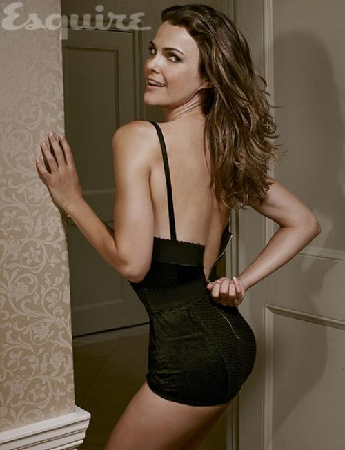 Keri-Russell-Forgot-Pants-in-Esquire-Magazine-1