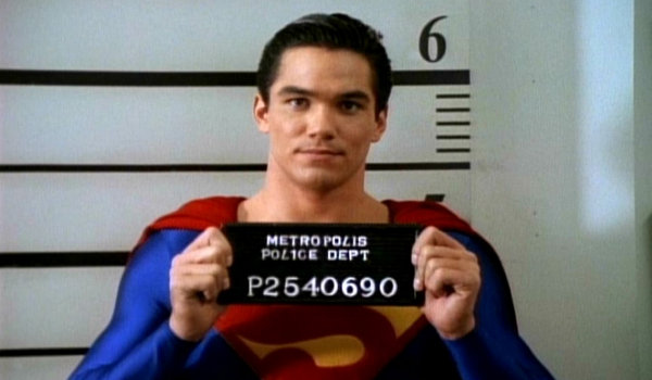 lois and clark the new adventures of superman the man of steel bars - Reseña del capítulo 1×09 de Lois & Clark - Un hombre entre barrotes de hierro