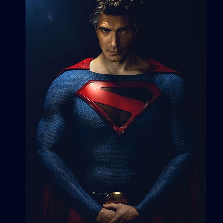 brandon-routh-crisis-superman.jpg